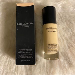 bareMinerals BarePro Foundation in Golden Ivory 8